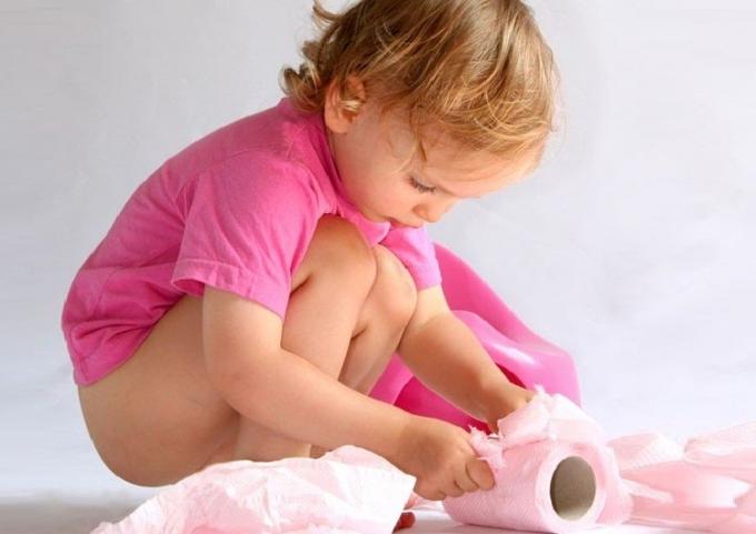 Температура сопли у ребенка 2 года чем лечить комаровский