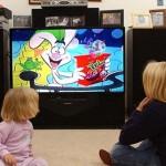 Почему малышу не стоит смотреть телевизор