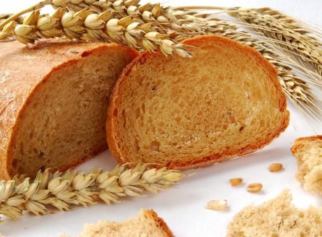 Диетологи: зимой надо кушать побольше хлеба