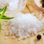 Похудение на глауберовой смоли: взвесьте риски