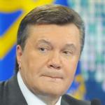 Янукович посетил детей-инвалидов Николаевского комплекса реабилитации