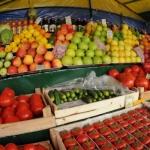 Эксперты: первые фрукты и овощи переполнены нитратами