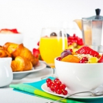 Витамины и калории в летних фруктах