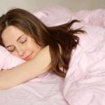 Неделя отдыха в палатке значительно улучшит ваш сон