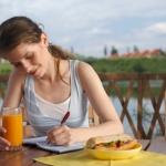 Почему тем, кто хочет похудеть, рекомендован дневник питания