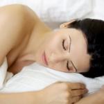 Спите голышом - это полезно