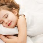 Зачем ребенку дневной сон