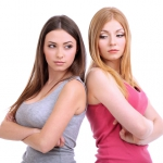 Как вычислить соперницу: используйте обоняние