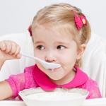 Не кормите ребенка с ложки