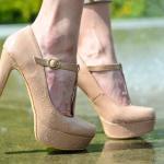 Как ходить на каблуках: новые курсы