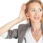 Почему звенит в ушах: ученые