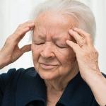 Как болезнь Альцгеймера поражает мозг