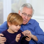 Молодой отец пожилого возраста  - генетики против