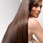 Топ-10 повседневных привычек, которые портят твои волосы