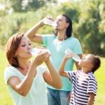 Что и как правильно пить летом