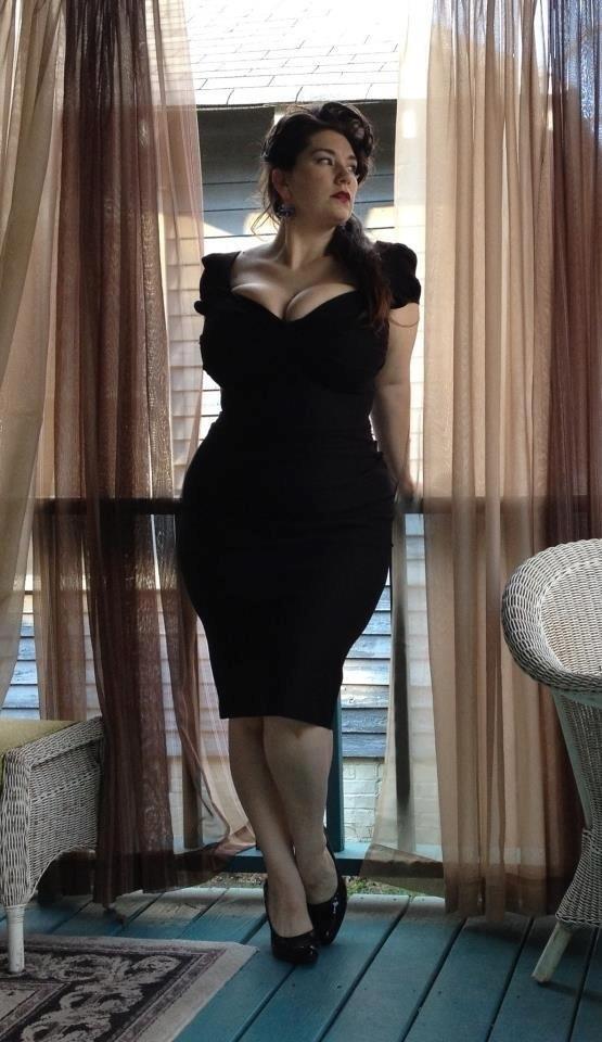 Пышечек в платье фотодевушек