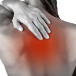 Что может вызывать боль в грудном отделе позвоночника?