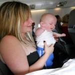Можно ли путешествовать с грудным ребенком?