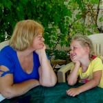 Каникулы у бабушки: правильно ли