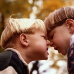 Ребенок ябедничает: плохо или хорошо