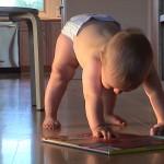 Что должен уметь малыш до годика