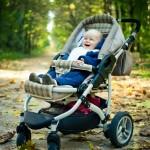 Выбираем прогулочную коляску для ребенка (видео)