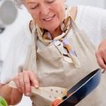 Питание человека в возрасте: каким оно должно быть
