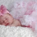 Какой должна быть гигиена новорожденных девочек