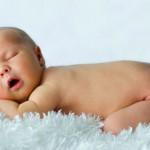 Как должен спать малыш до годика