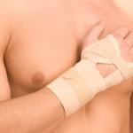 Что делать при повреждении костей запястья