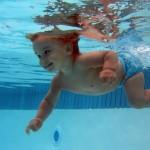 Плавание для малышей: за и против