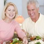Какие продукты и напитки стоит исключить пожилым людям