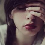 Кровь из губы: как остановить