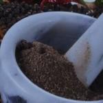 Исследование: черный перец помогает сжигать жир