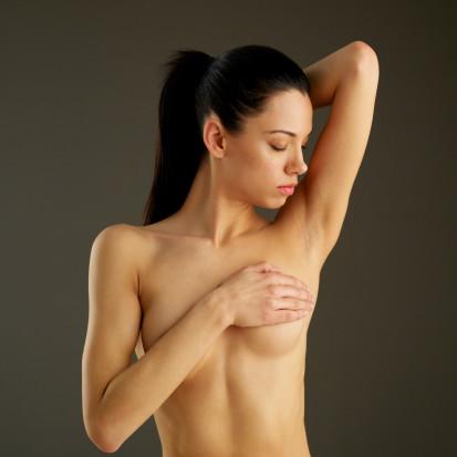 Самостоятельно распознать рак груди