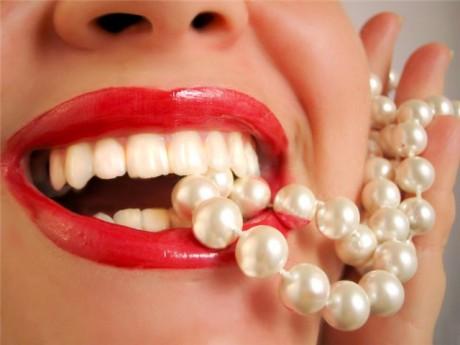 Здоровые зубы и десна