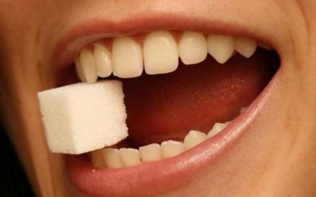Зубы без зубного камня