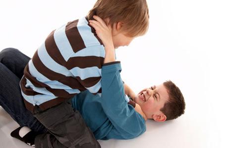 Почему дети бывают агрессивными