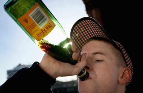 Британские подростки пьют намного больше взрослых