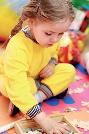 Если ребенок научился справляться с простым упражнением, переходите к следующему