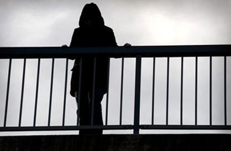 Почему суициды особенно характерны для подростков