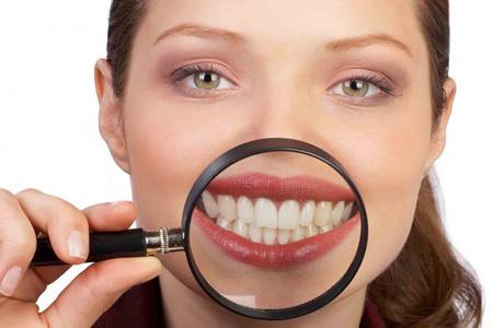 Ставим зубные коронки