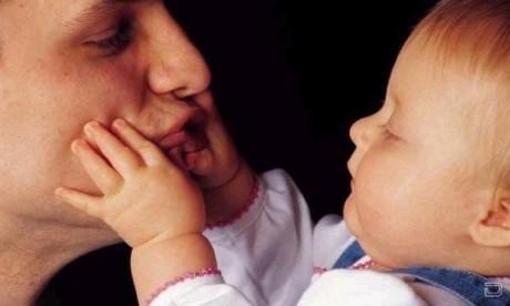 Участие отца в жизни ребенка необходимо и самому папе