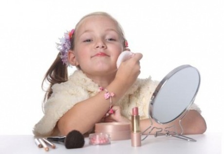 Вреден ли тональный крем молодой коже?