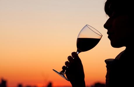 Алкоголь помогает выжить после инфаркта