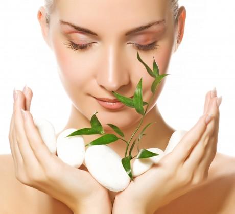 Какие проблемы кожи успешно решает применение космецевтики?