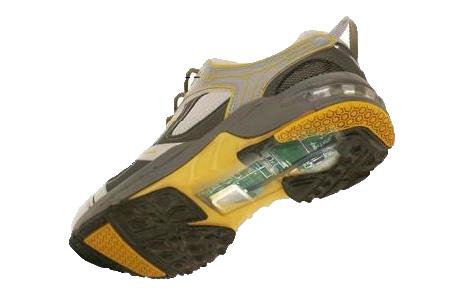 Для страдающих болезнью Альцгеймера изобрели GPS-обувь