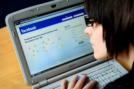 Facebook и MySpace