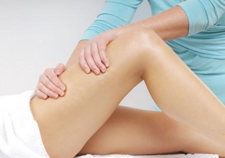 При первых проявлениях синдрома разотрите ногу