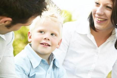 Как проявляется эмоциональное развитие детей